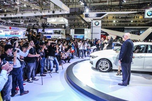 Các nhà nhập khẩu xe cũng đang nhảy vào cuộc chiến dành thị phần xe ô tô cỡ nhỏ.