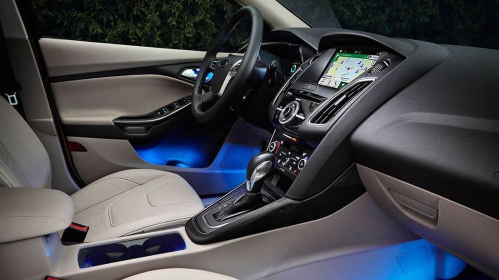 Ford Focus Electric 2017 chính thức lộ diện thách thức Nissan Leaf