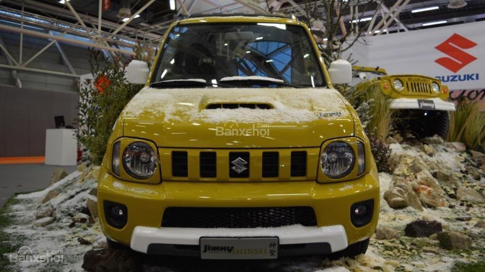 Suzuki Jimny Shinsei phiên bản đặc biệt xuất hiện tại triển lãm Bologna 2