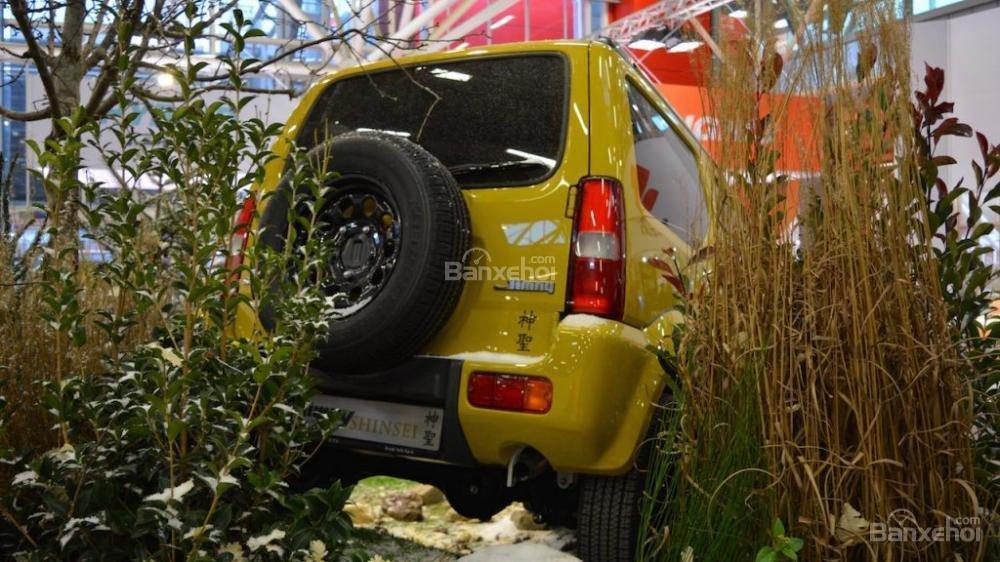 Suzuki Jimny Shinsei phiên bản đặc biệt xuất hiện tại triển lãm Bologna 3