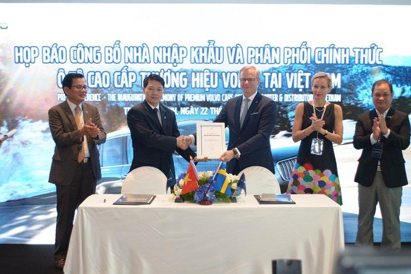 Volvo cũng đã ra nhập thị trường Việt Nam.