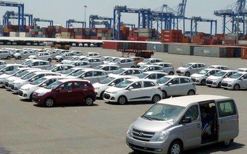 Tháng 12/2016, thị trường ô tô nhập khẩu nhộn nhịp bất ngờ.