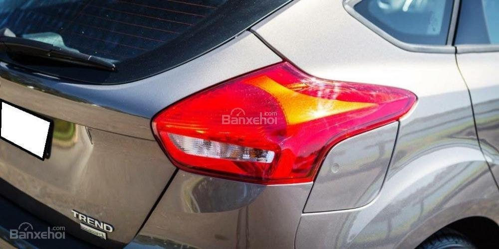 Bán Ford Focus Ecoboost, 665 triệu, giao xe ngay