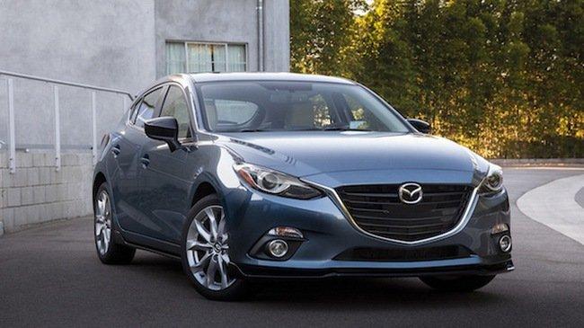 Năm 2016: Mazda3 lập kỷ lục doanh số với hơn 12.000 xe bán ra.