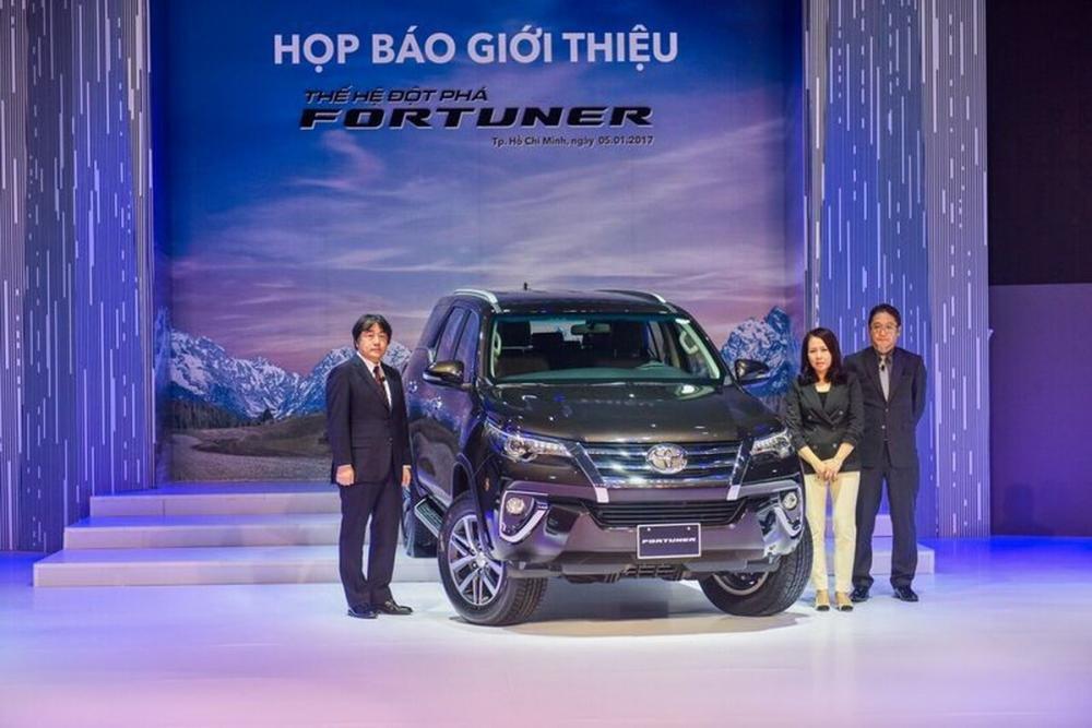 Top 10 xe ô tô bán chạy nhất thị trường Việt Nam năm 2016 5