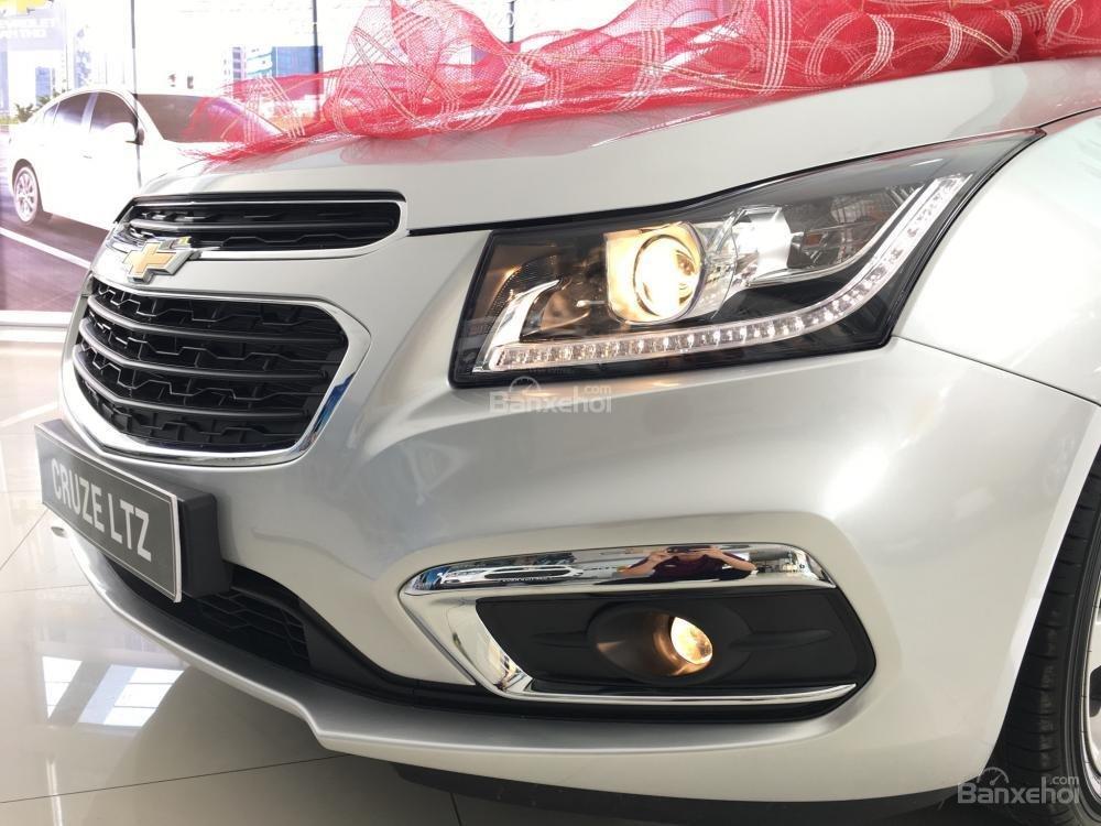 Chevrolet Cruze tự động sang trọng, hỗ trợ vay tối đa. LH 0949484535 (Ms Tố Anh) để có giá tốt nhất thị trường-0
