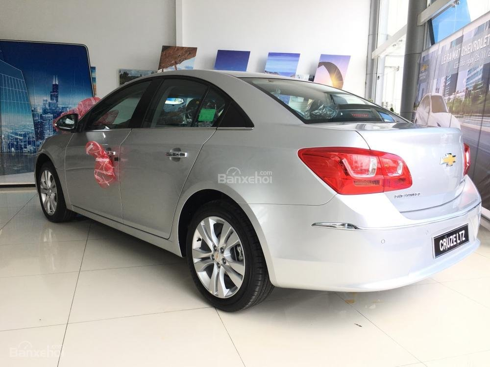 Chevrolet Cruze tự động sang trọng, hỗ trợ vay tối đa. LH 0949484535 (Ms Tố Anh) để có giá tốt nhất thị trường-3