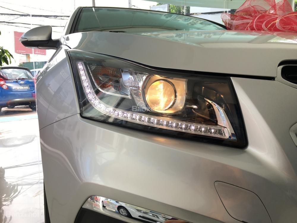 Chevrolet Cruze tự động sang trọng, hỗ trợ vay tối đa. LH 0949484535 (Ms Tố Anh) để có giá tốt nhất thị trường-5