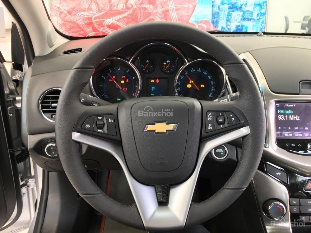 Chevrolet Cruze tự động sang trọng, hỗ trợ vay tối đa. LH 0949484535 (Ms Tố Anh) để có giá tốt nhất thị trường-6