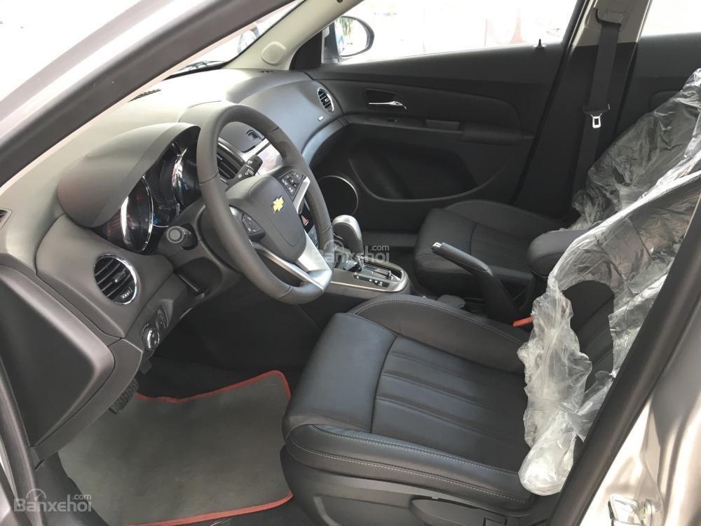 Chevrolet Cruze tự động sang trọng, hỗ trợ vay tối đa. LH 0949484535 (Ms Tố Anh) để có giá tốt nhất thị trường-7