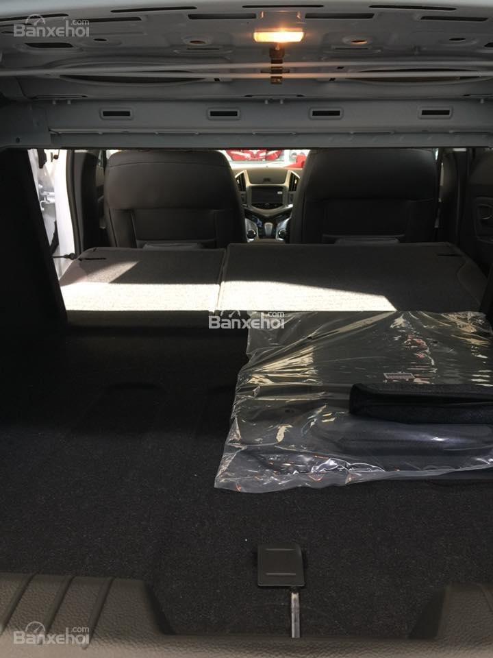 Chevrolet Cruze tự động sang trọng, hỗ trợ vay tối đa. LH 0949484535 (Ms Tố Anh) để có giá tốt nhất thị trường-10