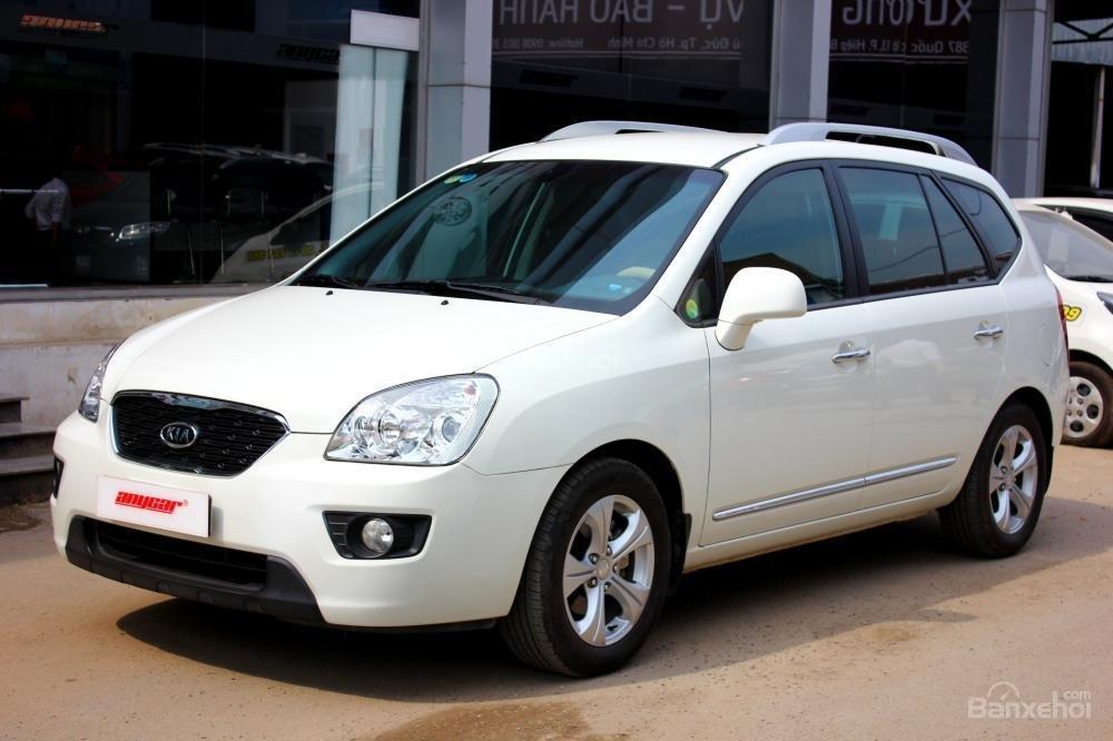 Bán Kia Carens EX 2.0MT sản xuất 2015, màu trắng, giá 525tr, 27.300km, đẹp long lanh-2