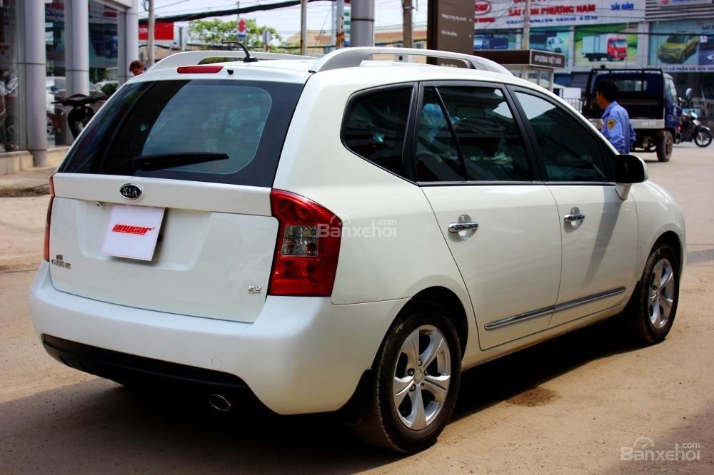 Bán Kia Carens EX 2.0MT sản xuất 2015, màu trắng, giá 525tr, 27.300km, đẹp long lanh-4
