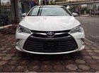 Mình cần bán Toyota Camry XLE 2.5L đời 2016, màu trắng, nhập khẩu nguyên chiếc