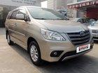 Cần bán Toyota Innova E năm 2014, màu vàng cát, giá 773tr