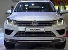 Dòng SUV nhập Đức Volkswagen Touareg 3.6l FSI GP đời 2014, màu trắng ngọc trai. LH Hương 0902.608.293