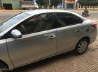 Cần bán lại xe Toyota Vios năm 2015 màu bạc, 560 triệu