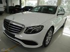 Cần bán xe Mercedes E200 đời 2017, màu trắng, màu bạc, màu xanh, giao ngay, khuyến mãi lớn cuối năm