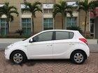 Nhượng lại xe Hyundai i20 đời 2011, màu trắng