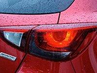 Đèn hậu của Mazda2 2015 a