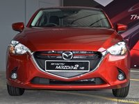 mazda2 2015a 0265 Đánh giá chi tiết xe Mazda2 2015: Nỗ lực thay đổi