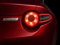 Mazda MX 5 b7 2976 Đánh giá chi tiết xe Mazda MX 5 mui trần 2015