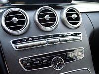 AMG a19 3a5d Đánh giá chi tiết xe Mercedes Benz C250 AMG: Lựa chọn của các doanh nhân trẻ thành đạt