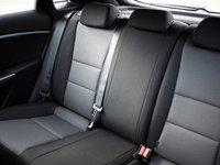 Hàng ghế sau của Hyundai i30.