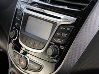 2013hyundaiaccent10 21aa Đánh giá chi tiết xe Hyundai Accent 2014