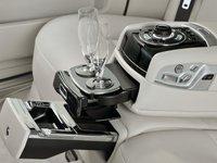 27 79a1 Đánh giá chi tiết xe Rolls Royce Ghost 2014: Mẫu sedan dành cho các đại gia