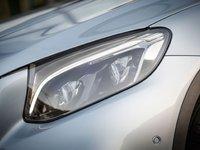 Đèn pha kiểu dáng mới của Mercedes-Benz GLC-Class.