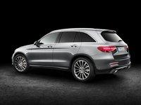 Thân xe Mercedes-Benz GLC-Class.