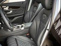 Hàng ghế trước của Mercedes-Benz GLC-Class.