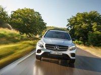 Đầu xe Mercedes-Benz GLC-Class.