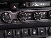 Đánh giá bảng điều khiển xe Toyota Tacoma 2016