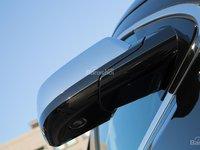 Đánh giá xe Chevrolet Tahoe 2016: Thiết kế gương chiếu hậu khá đẹp