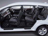 Các ghế ngồi của Toyota Innova 2016 có thể gập để tăng diện tích khoang chứa đồ.