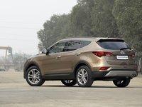 Ngoại thất Hyundai SantaFe 2016 1
