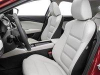 Đánh giá xe Mazda 6 2016 có hàng ghế trước thiết kế ôm lấy người ngồi.