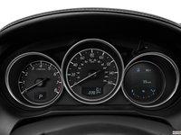 Đánh giá xe Mazda 6 2016 có 3 đồng hồ lái có phần hơi cổ điển.