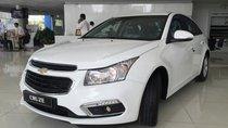 Bán ô tô Chevrolet Cruze LT đời 2017, màu trắng