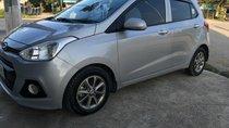 Bán xe Hyundai i10 sản xuất 2015, màu bạc