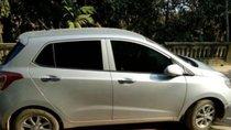 Cần bán xe cũ Hyundai i10 đời 2016, màu trắng