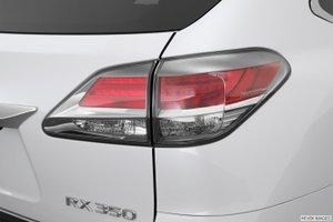 duoi xe 2 2ab5 Đánh giá chi tiết xe Lexus RX 350 2015: Sang trọng hàng đầu