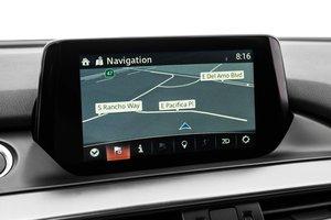 Đánh giá xe Mazda 6 2016 có màn hình cảm ứng 7 inch.