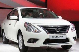 Đánh giá xe Nissan Sunny 2015 có đèn pha halogen.