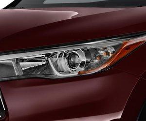 Toyota Highlander 23 79b7 Đánh giá chi tiết xe Toyota Highlander 2014: Đối thủ sừng sỏ của Honda Pilot
