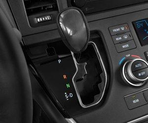 10 6eb3 Đánh giá chi tiết xe Toyota Sienna 2015: Mẫu xe gia đình hoàn hảo