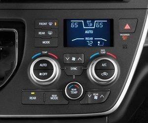 14 3f07 Đánh giá chi tiết xe Toyota Sienna 2015: Mẫu xe gia đình hoàn hảo