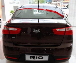 KIA Rio 2014 8 0e26 Đánh giá chi tiết xe Kia Rio sedan 2014: Thiết kế thời trang, tính năng đa dạng